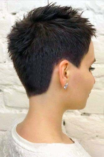Very short pixie poke-up