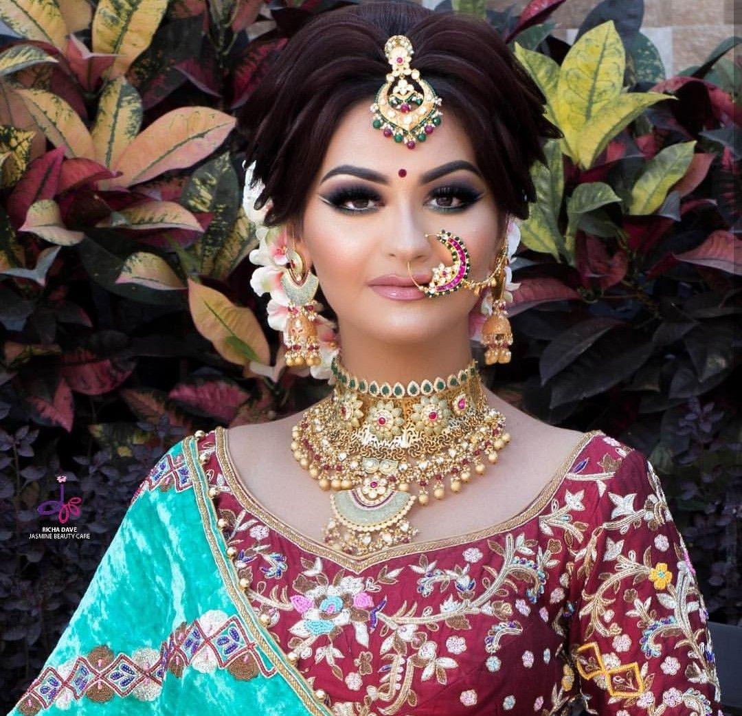 gold and brown bridal makeup. polki jewellery. makeup