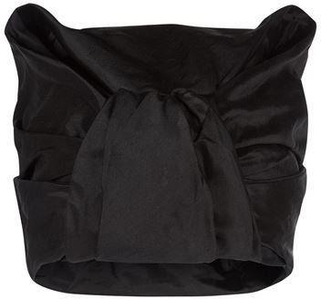 """Pin for Later: Diese Kopfbedeckung ist alles was ihr braucht um stylisch durch diesen Winter zu kommen  Nerida Fraiman """"Jamilla"""" schwarzer Turban (578 €)"""