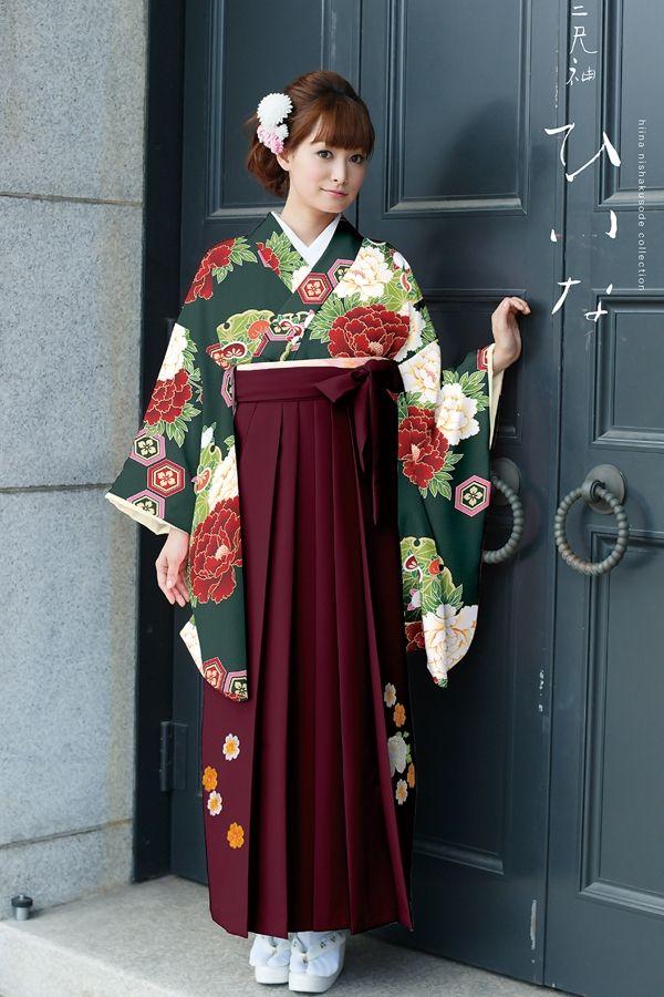 古典柄袴 緑色 卒業式 袴 卒業式 袴 髪型 伝統的な服