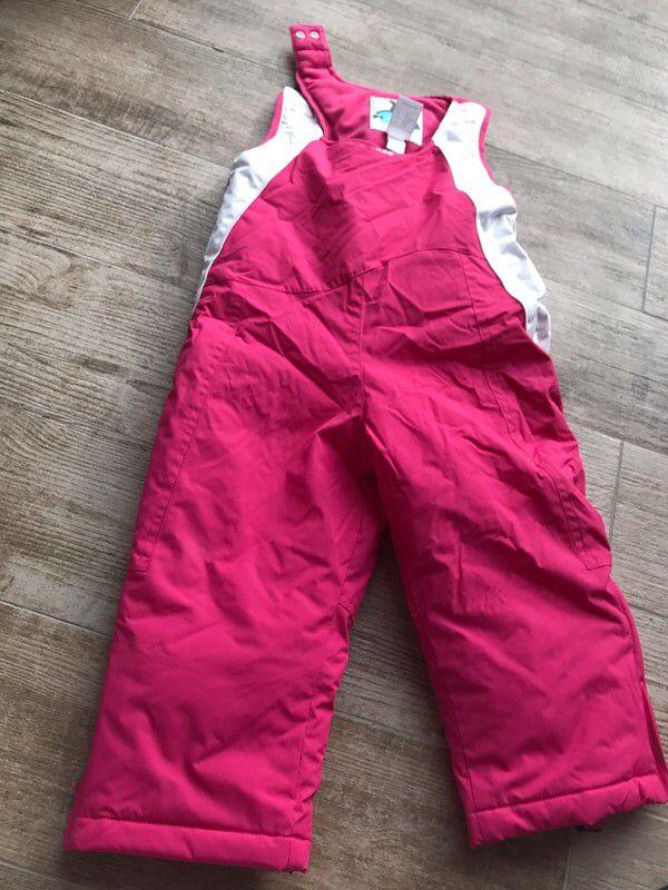 b5f0dd614605f Salopette de ski rose 18mois fille Décathlon de marque Décathlon. Taille 18  mois à 8.00