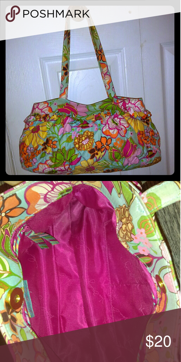 fa36eafd618 I just added this listing on Poshmark  Vera Bradley bag.  shopmycloset   poshmark  fashion  shopping  style  forsale  Vera Bradley  Handbags