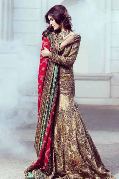 Red Color in Pakistani Wedding Dress 2018