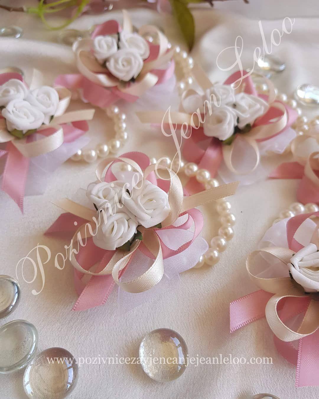 Posebne Narukvice Za Djeveruse Reverizavjencanje Reveri Cvjeticizasvatove Vjencanje Vjencanja Detalji Dekoracije Hoch Wedding Pearl Earrings Jewelry