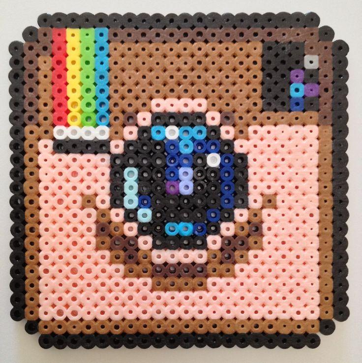 Instagram design Perler beads: Easy Perler Beads Ideas, Bead ...