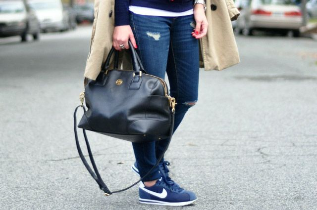 nike cortez with jeans