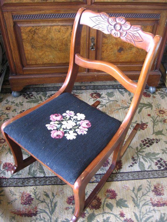 Duncan Phyfe Rose Carved Sewing Nursing Rocker Floral