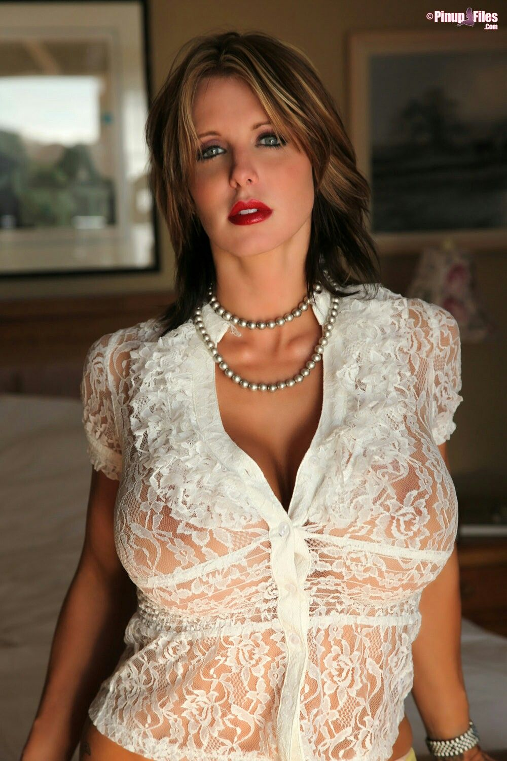 avis milfs dating site This site can be perfect for you, just register and start chatting and dating local singles milfs dating sites - are you single and tired to be alone.