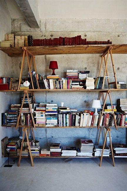 A Colourful Country Home Inneneinrichtung Bibliothek Zu Hause Zuhause Dekoration