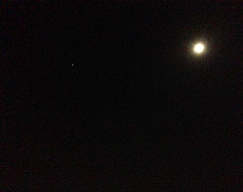 9 Stjärna ochmåne
