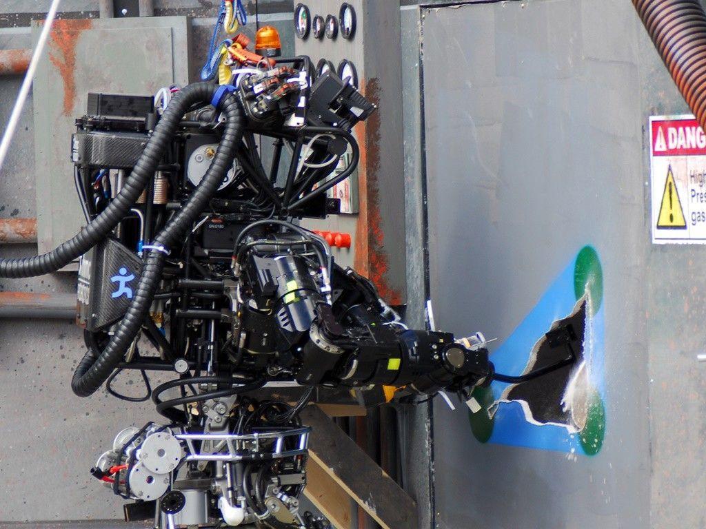 Estos son los robots bomberos.