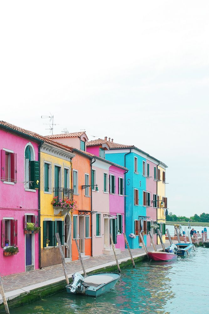 Burano is an Italian island in the Venetian Lagoon, just northeast of Venice island. It is known for it's lace and for having some of the most photogenic canals I have ever laid eyes on. If you have plans to be in Venice, Burano is the perfectday trip and not to be missed.