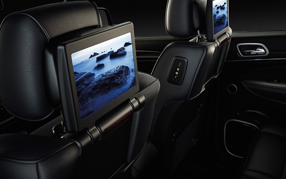 Jeep Grand Cherokee Offers An Available Blu Ray Player With