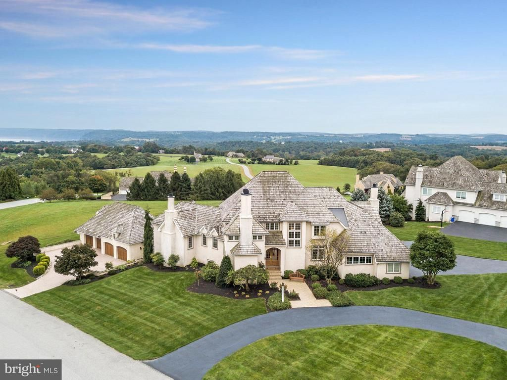 20 Derby Court Wrightsville Pa 17368 Majestic 2 Story Custom Home Situated Perfectly On A Laux Luxury Homes Dream Houses Dream House Interior House Exterior