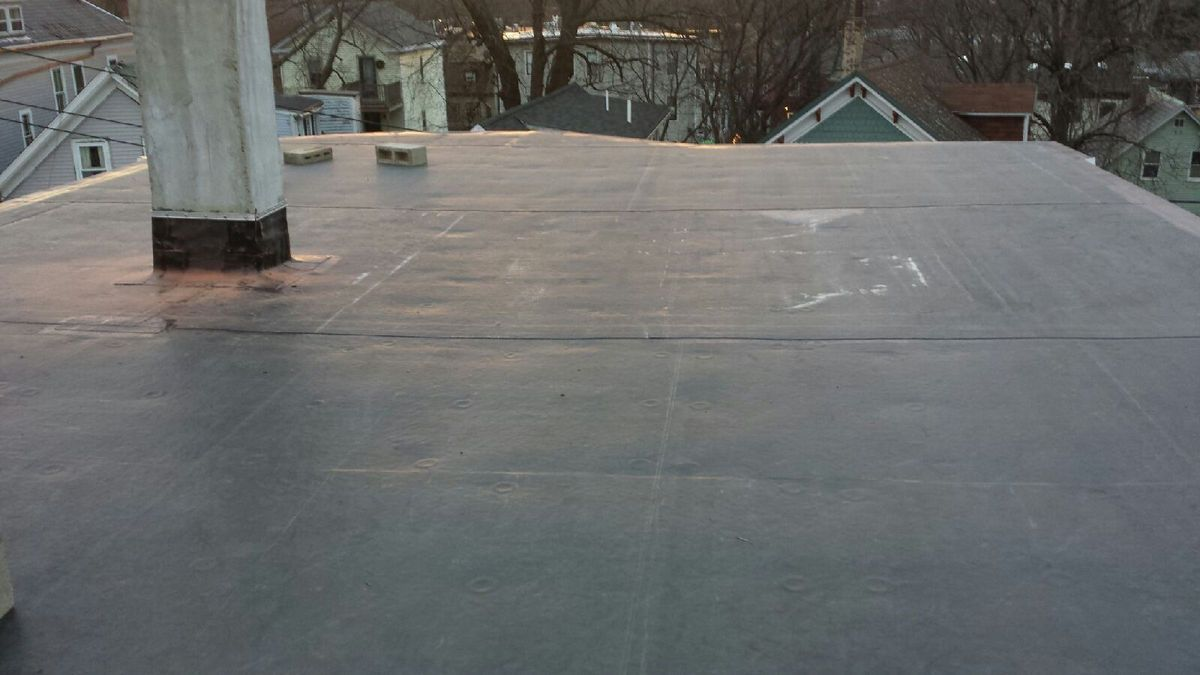 NEW JERSEY 4 BENEFITS OF INSTALLING EPDM EPDM is short for
