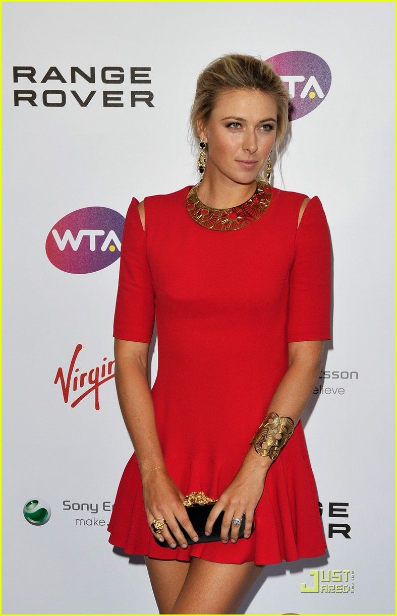 Masha WTA Tour Pre-Wimbledon Party. Too bad she couldn't win the big plate