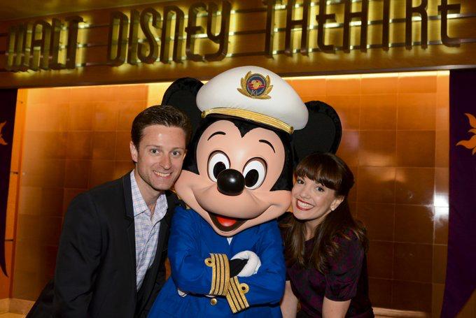 Kara Lindsay And Kevin Massey Singing On The Disney Cruise Im