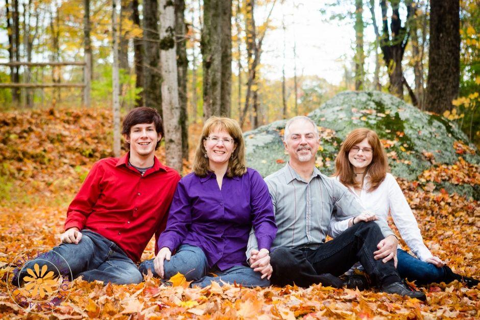Family Portraits    New England Portrait Photographer #familyphotography #familyphotographybigkids #adultchildren #autumn #fallfoliage #naturallight #SadieErinPhotography