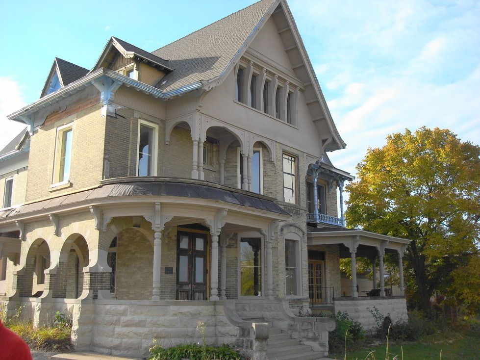 Victorian Homes In Wisconsin Wi Detailed Profile