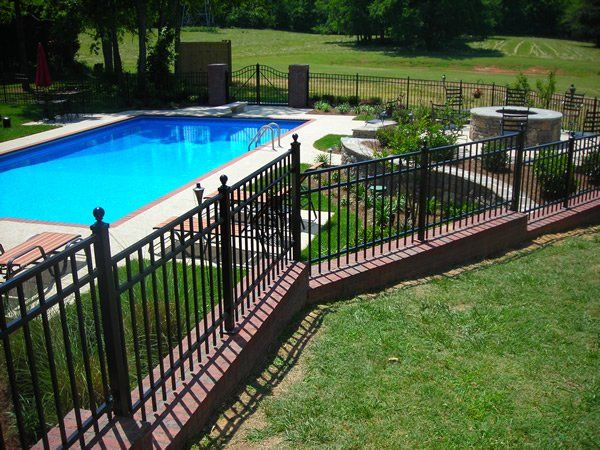 Ornamental Fence On Top Of Retaining Wall Backyard Retaining Walls Backyard Fences Retaining Wall
