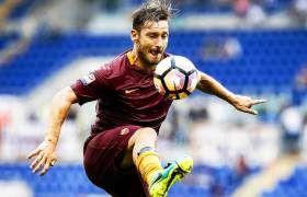 Totti es el ídolo del club romano. EFE/Angelo Carconi