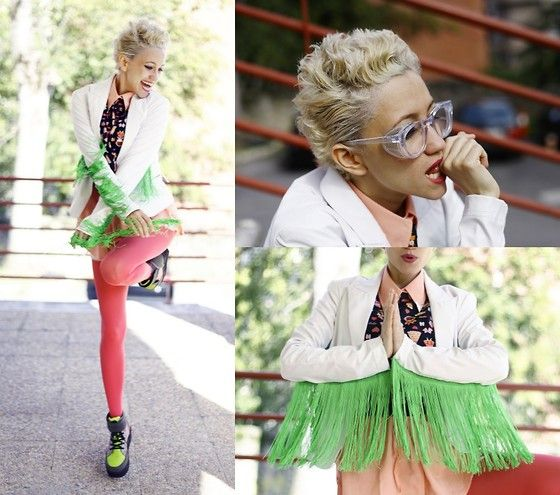 Giant Vintage Glasses, Pop Pop  Top, Chicwish Shirt  Dress, Love Tights
