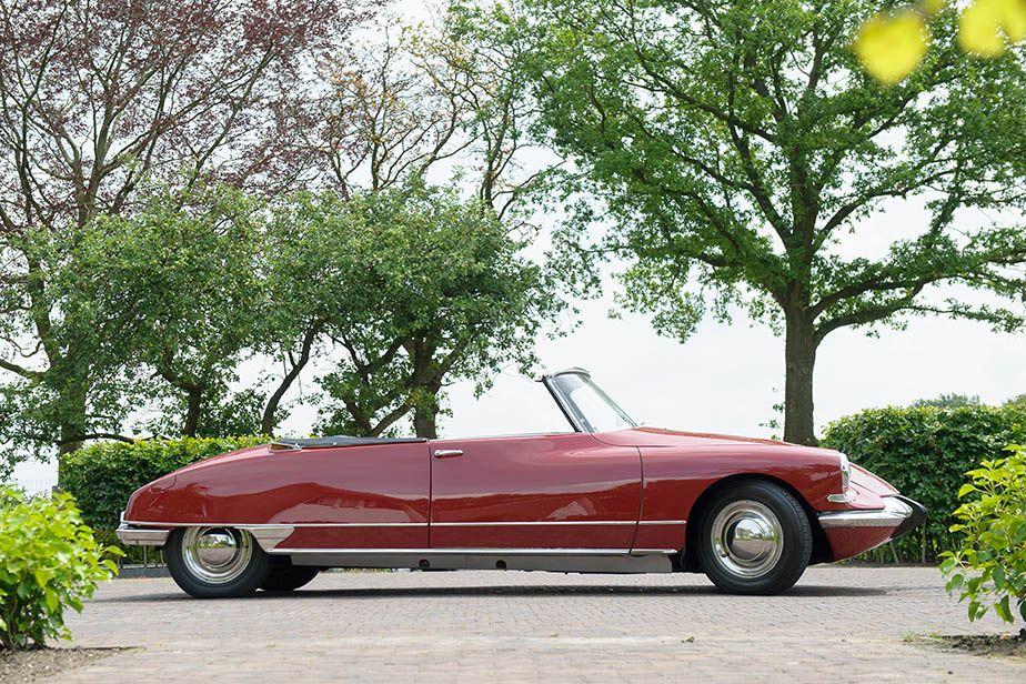 Citro n ds19 chapron cabriolet 1963 citroen pinterest for Garage citroen melle 79