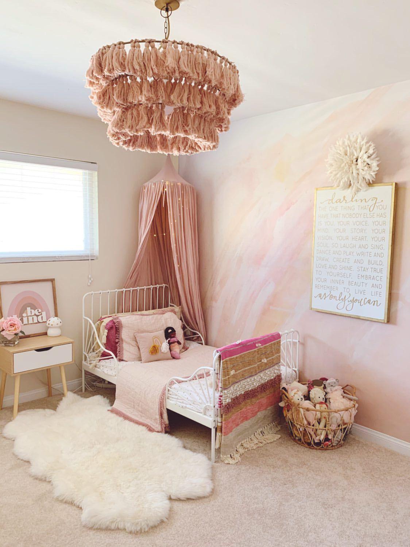 Sandie Mural in 2020 Girls room wallpaper, Big girl