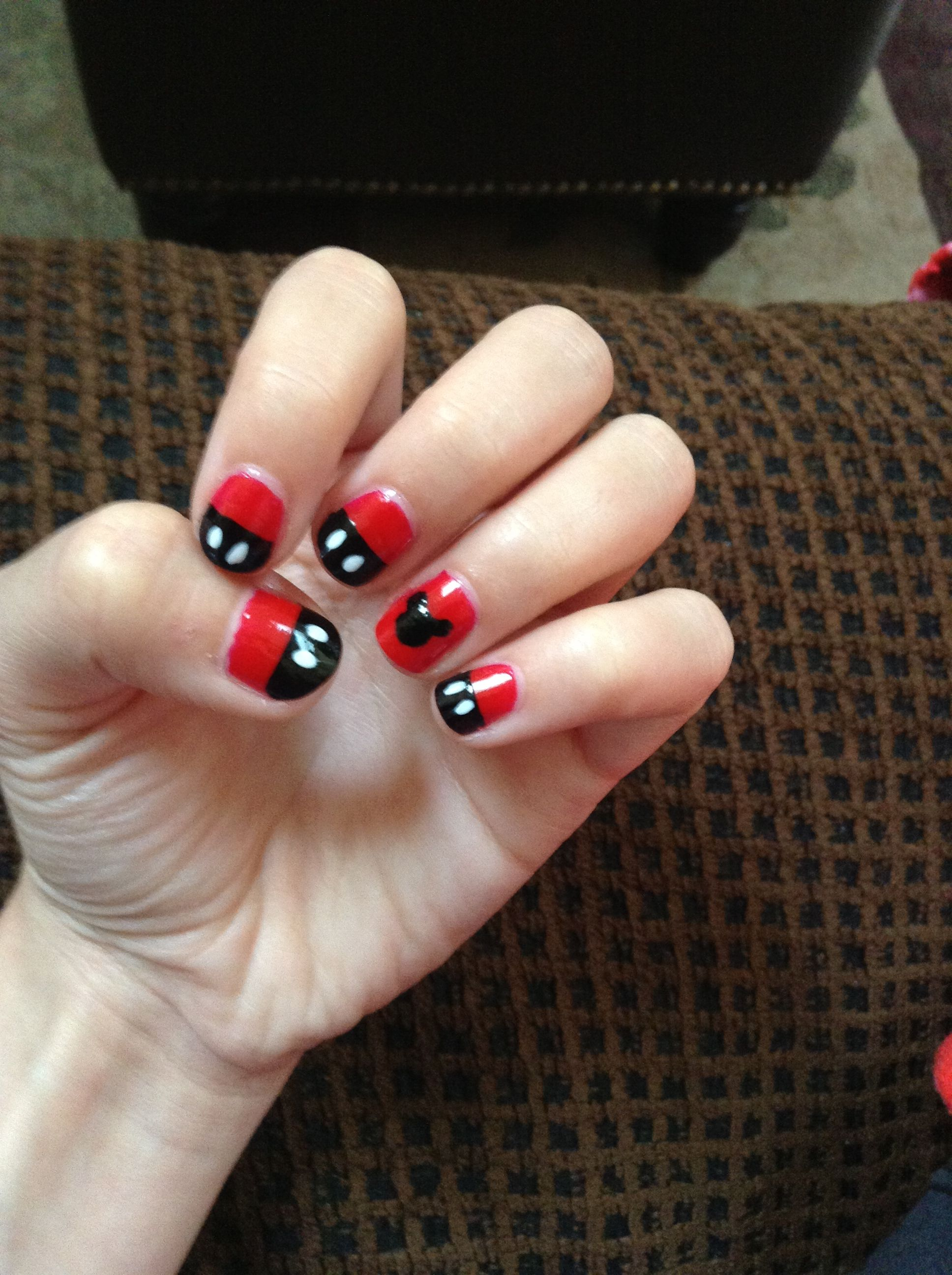 Easy Mickey Mouse Nails | nails | Pinterest