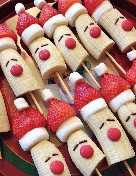 Merveilleux Christmas Bananas On A Stick. Add Marshmallows And Strawberries To Your  Banana Pop And Serve Them As Treats To Guests.