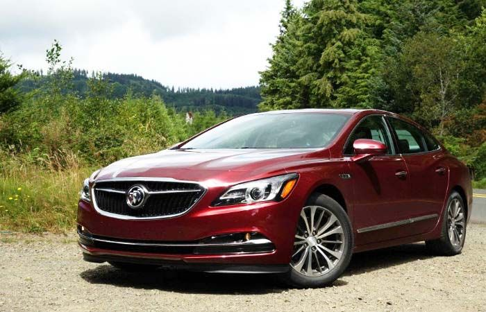 2018 Buick Lacrosse New Strong And Elegant Sport Sedan Buick Lacrosse Buick Lesabre 2017 Buick Lacrosse