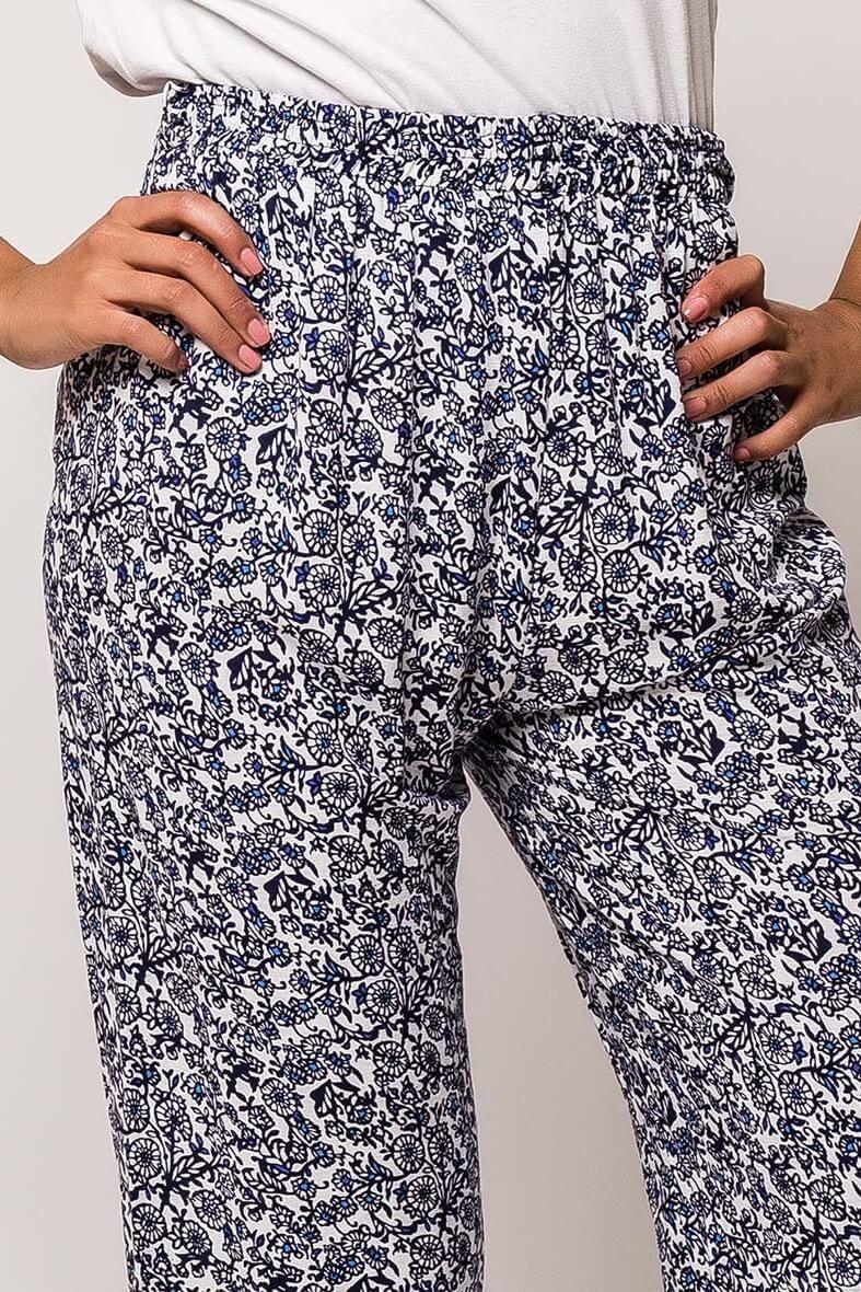 13cdb733f2a7 Dámske modré vzorované nohavice