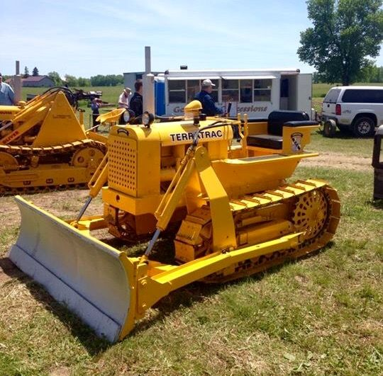 TERRATRAC Dozer | Tractors | Crawler tractor, Classic