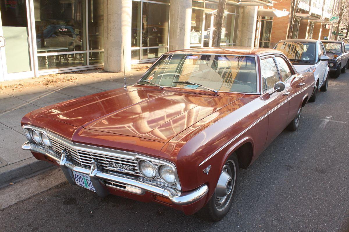 1966 Chevrolet Bel Air Sedan 01 1200800 Wagon