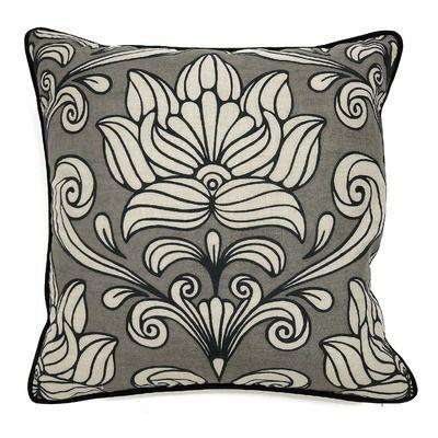 Villa Home Versailles Linen Maesta Accent Pillow