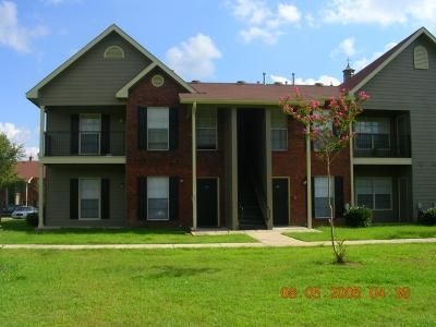 St Jean Apartments Ratings Reviews Map Rents And Other Baton Rouge Apartments For Rent From Apartmentratings C Baton Rouge Apartments Apartment Baton Rouge