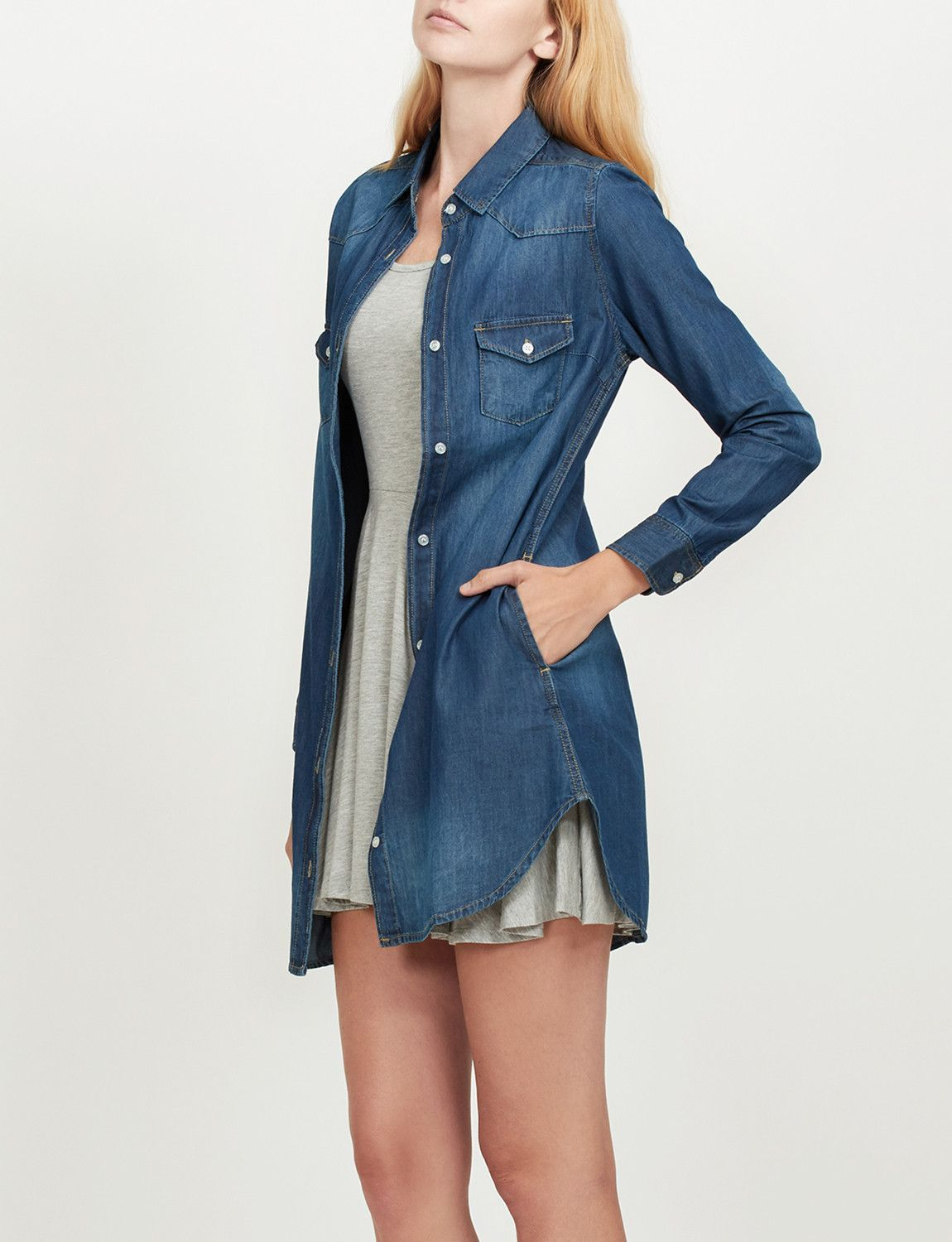 Like An Oversized Shirt This Classic Loose Fit Chambray Jean Denim