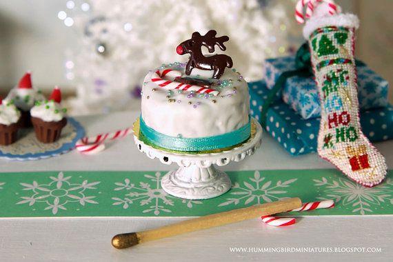 Rudolph Christmas Cake 1/12 Scale by HummingbirdMiniature ♡ ♡