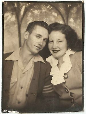 +~ Vintage Photo Booth Picture ~+ Young couple, pretty backdrop