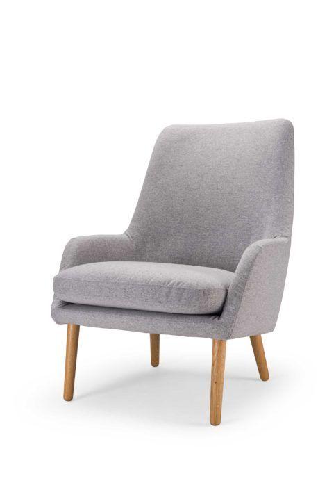 Day-nojatuoli on valmistettu Suomessa Hakola Huonekalun tehtaalla. Tuolin on suunnitellut Petra Lassenius.