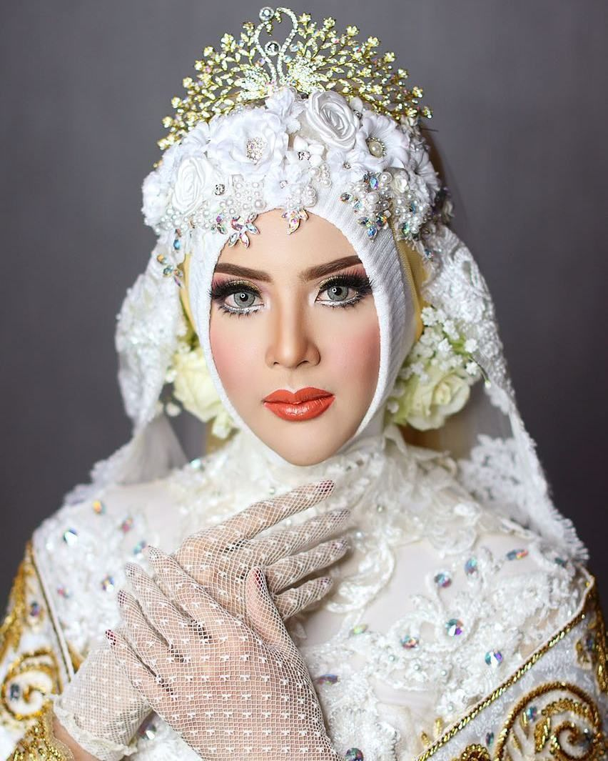 Pin oleh Naseer Lateef di Hijab.. Pengantin wanita, Gaya