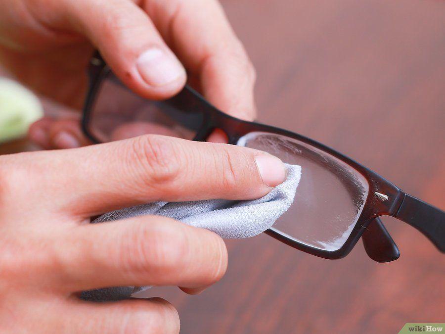 Passe isto nas lentes dos seus óculos e elimine todos os arranhões na hora!  Esta c27219f241