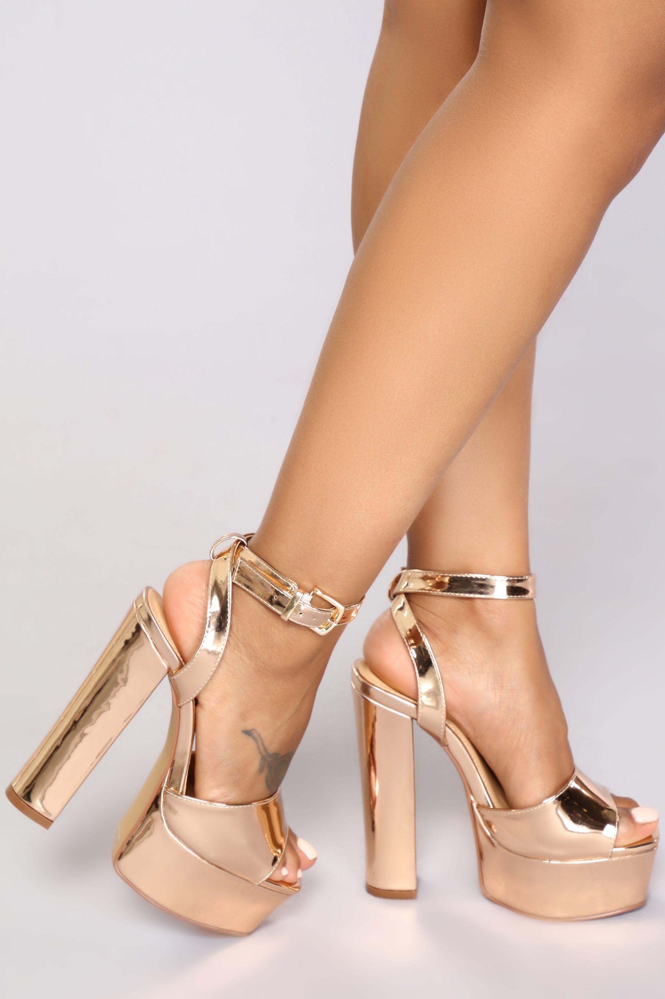 Gold stiletto heels, Stiletto heels