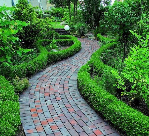 8 ideas de senderos con ladrillos para el jard n - Caminos para jardines ...