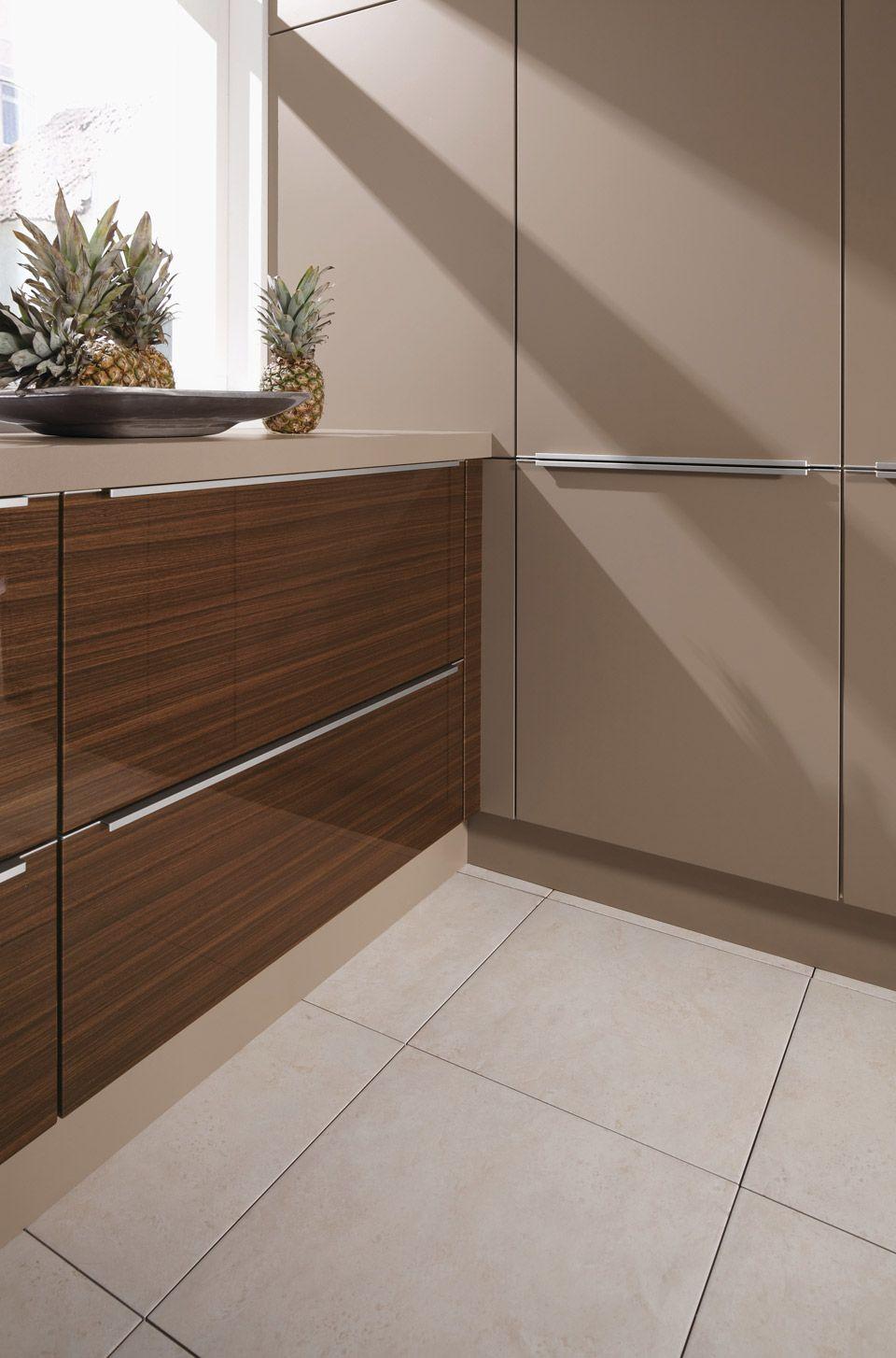 We31411010 Studio Varia Brown Wall Decor Decor Modern Kitchen Design