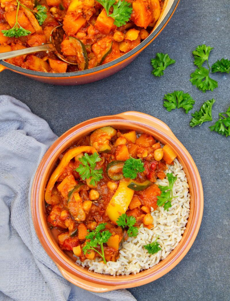 Vegan Butternut Squash Tagine Delicious And Incredibly Simple One Pot Butternutsquash Tagine Packed Tagine Recipes Lunch Recipes Healthy Vegetarian Recipes