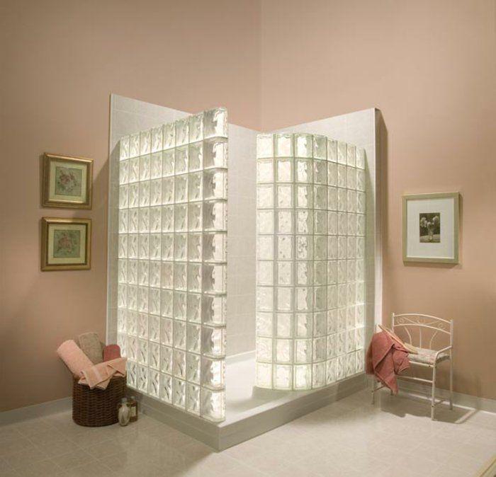 mettons des briques de verre dans la salle de bains murs pastel briques et cabine de douche. Black Bedroom Furniture Sets. Home Design Ideas