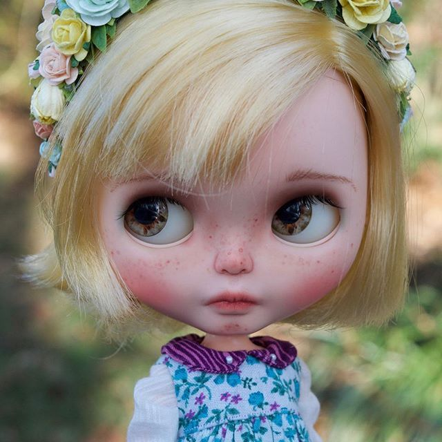 Custom Doll for Adoption by ChassyCatDolls  CHECK HERE  http://etsy.me/2EkKqIq  #blythe #dollycustom #blythecustom #blythecustomizer #ooakblythe #customblythe #kawaii #doll #artdoll #dollstagram #blythestagram #blythelover #ブライス
