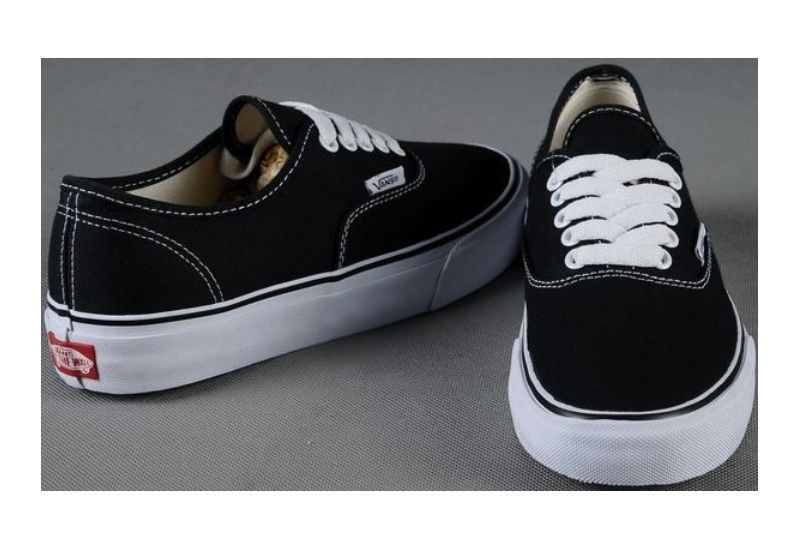 vans shoes black men