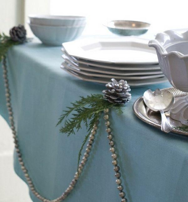 Winter Tischdeko Blaue Decke Tannenzapfen Christmas Table